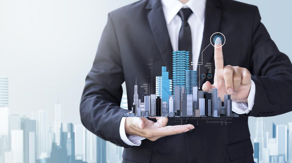 Differences between regional and national commercial real estate broker