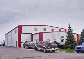 INDUSTRIAL FOR SALE, 822 48TH ST E, SASKATOON, SK, 48TH STREET EAST, SASKATOON, NOI, 1,19 ACRES, 12603 SF