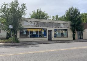 Retail For Sale 203 33rd St W, Saskatoon, SK, Mayfair Hardware, thirty third street west, thirty three street west, .09 acres, 3860 SF, Office For Sale