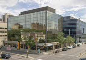 T&T Towers, 340 3rd Avenue North, 350 3rd Avenue North, Office for Lease, Saskatoon SK, office, retail, professionally-managed, Rooftop patio, Kitchen for tenant use, All new fitness facility, Showers, steam room and sauna, 350 3rd Ave N, 340 3rd Ave N, underground parking, surface parking
