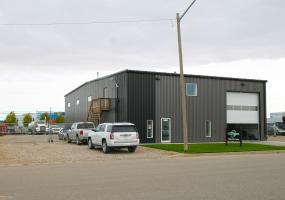 822 59th St E Industrial Business and Real Estate, Saskatoon SK, Industrial, Business for sale, 822 59th Street East, business for sale, north industrial, Saskatoon, 4040 SF, 0.54 acres, pre-engineered, clearspan, auto detailing