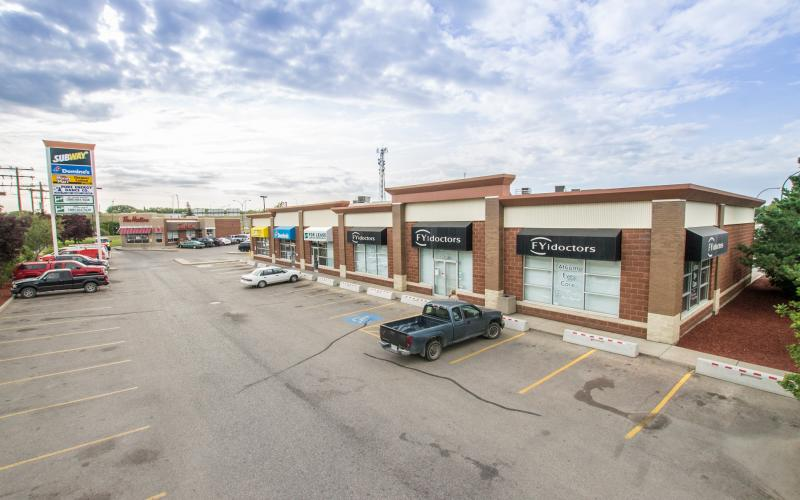Retail For Lease, Saskatoon, SK, Fairmont Place, 3301 22nd St W, 3301 22nd Street West, 1890 SF, for lease, retail, office