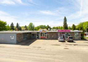 Retail For Lease 928 8th St, Saskatoon, SK, office, retail, small, 8th St