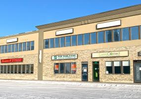 Retail for Sublease 33rd St E In 96 33rd St E in Saskatoon, SK, 96 33rd Street East, Saskatoon SK, 1248 SF, retail, for sublease, for lease, main floor
