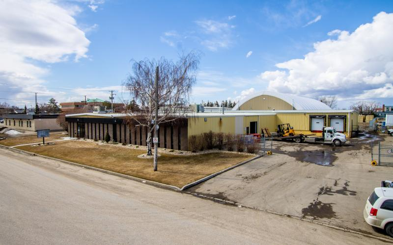 2401 Thayer Ave, Saskatoon, SK, Morris, Saskatchewan, 2401 Thayer Avenue, Airport, Industrial, 2406 Koyl Ave, 2406 Koyl Avenue, 2401, 2406