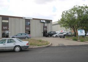 warehouse For Lease Millar In 143 Robin Cr, 143 Robin Crescent, 143 Robin Cre, 147 Robin Crescent, 147 Robin Cre, 147 Robin Cr Saskatoon, SK, warehouse For Lease