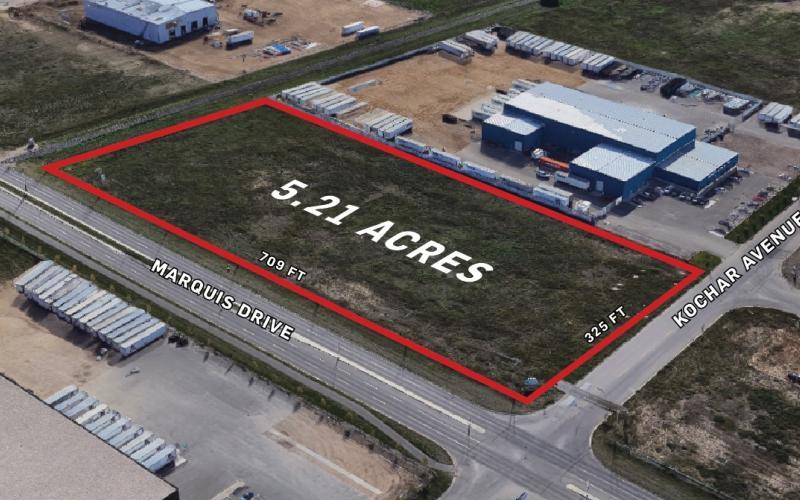 Land For Sale , 3802 Kochar Ave in Saskatoon SK, for sale, land, 3802 Kochar Avenue, Saskatoon, 5.21 acres, industrial