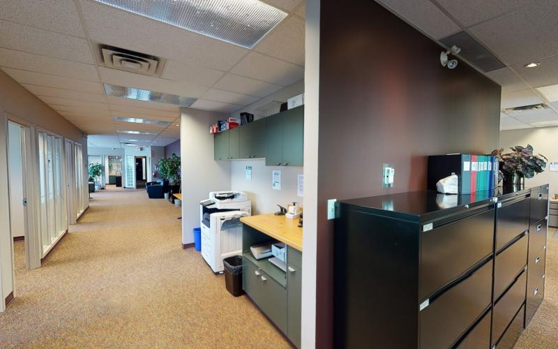 2100 Airport Dr, Saskatoon, SK,Office,For Lease,Sky Harbour, Airport, 3758 SF