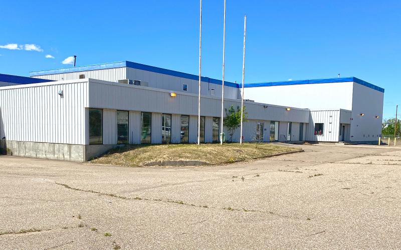 For Sale, Industrial, North Battleford, SK, 99 Canola Ave in N. Battleford SK, 52333 SF, 6.76 acres, processing plant for sale