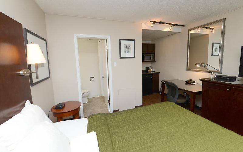 Investment For Sale, motel, saskatoon, thriftlodge, 1825 Idylwyld Drive north, 1825, Idylwyld Dr, Idywlyld, hospitality