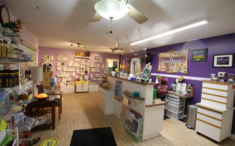 Unity,  spa, business, business for sale, Saskatchewan, Sunrise Wellness Spa, 120 2nd St E, SK, geraldine, turnkey, immigration, country