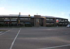 Office For Lease Taylor St E In 3502 Taylor St E, Saskatoon, SK, 3502 Taylor Street East