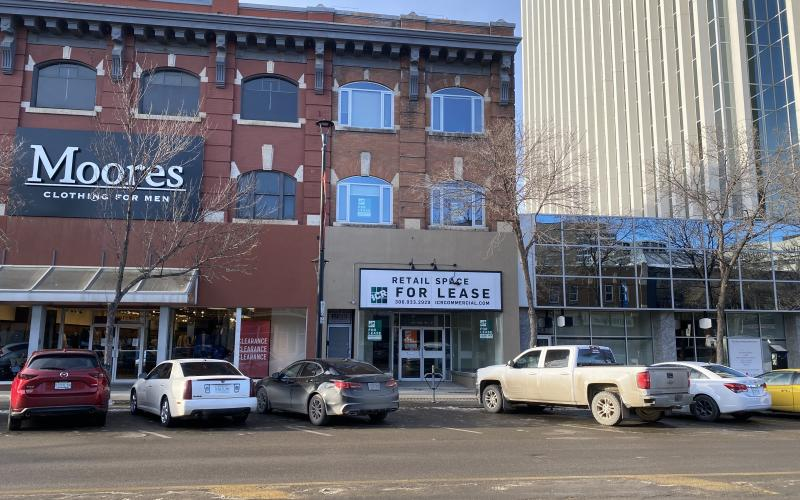 Retail For Lease 2nd Ave S In 155 2nd Ave S, Saskatoon, SK, 155 2nd Avenue South, saskatoon SK, retail, main floor, for lease, downtown, 1985 SF