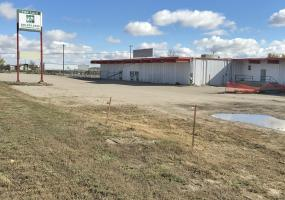 Industrial For Sale Railway Ave In 101 Railway Ave, Kindersley, SK, 101 Railway Avenue, for sale, industrial, retail, 12480 SF