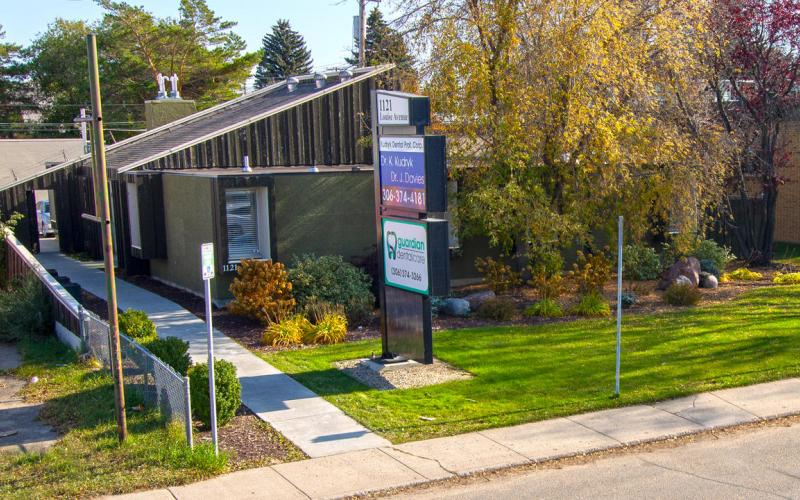Office For Sale Louise Ave In 1121 Louise Ave, Saskatoon, SK, 1121 Louise Street, dental office, medical office, for sale, 3000 SF, 8th Street East