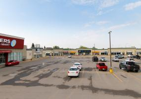 Retail For Lease Assiniboine Dr In 7 Assiniboine Dr, Saskatoon, SK, Canarama Shopping Centre, 7 Assiniboine Drive