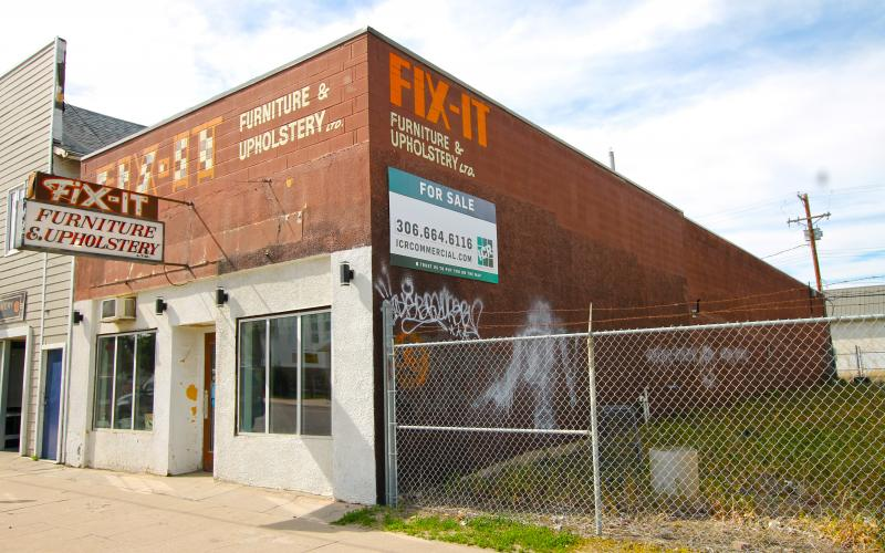 910 20th St W, Saskatoon, SK, ,Retail,For Sale,20th St W, 910 20th Street West, 6500 SF, Industrial,Pleasant Hill, Riversdale,  owner-user