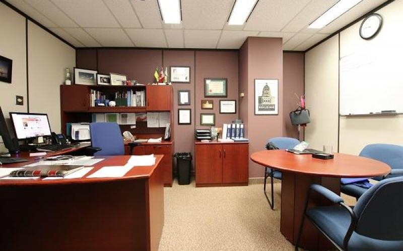 2222 13th Ave, Regina, SK, ,Office,For Lease,13th Ave,1662