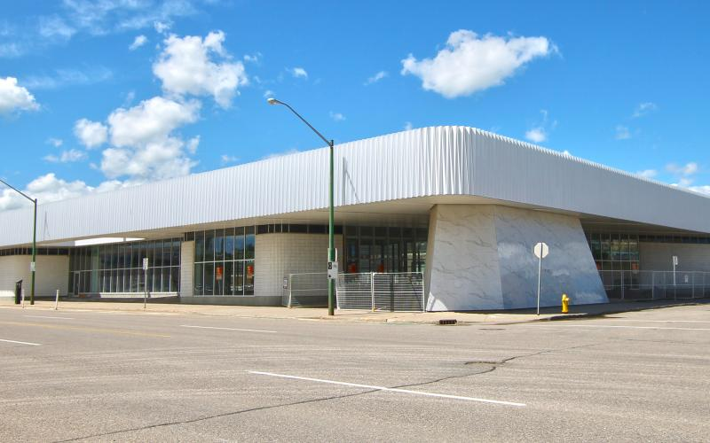 Retail For Lease 23 St E In 50 23 St E, Saskatoon, SK, 50 23rd Street East,5909 SF, retail, office, The Brute