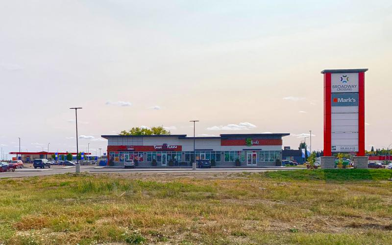 Retail For Lease Broadway St E In 230 Broadway St E, Yorkton, SK, 230 Broadway Street East, Broadway Crossing, Yorkton, for lease, retail, office