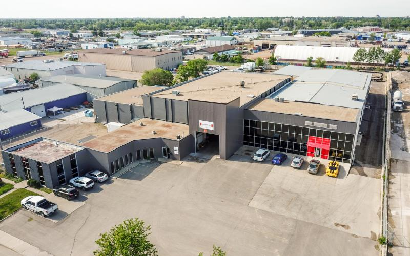 Industrial For Sale 105th St E In 139 105th St E, Saskatoon, SK, 139 105th Street East, for Sale, 43294 SF