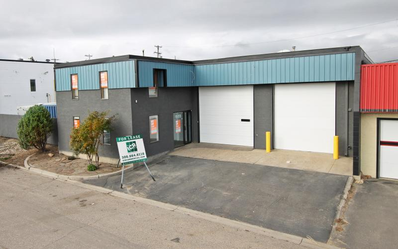 Industrial For Lease Ave B N In 1933 Ave B N, Saskatoon, SK, 1933 Avenue B North, 3000 SF
