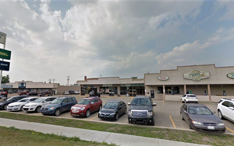 79 Broadway St W, Yorkton, SK, ,Retail,For Lease,Broadway St W,1836